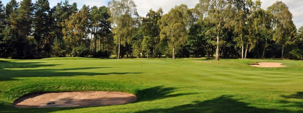 Bunker en el campo de golf de Blairgowrie (Rosemount) en Escocia