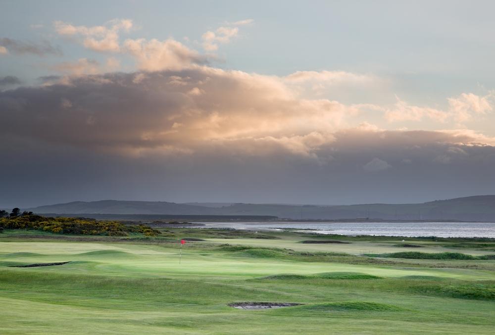 Campo de golf de Nairn en Escocia