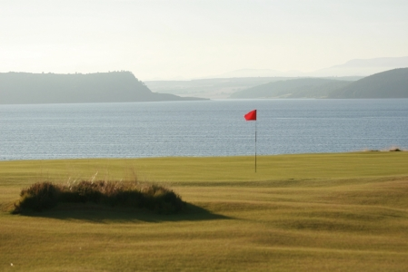 Green en el campo de golf de Royal Donorch en Aberdeen, Escocia