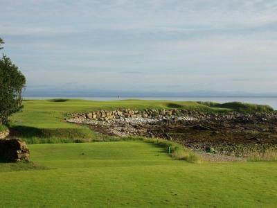 Fairway del campo de golf de Kinsbarns en Escocia