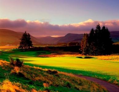 Fairway en el campo de golf de Gleneagles (PGA) en Escocia