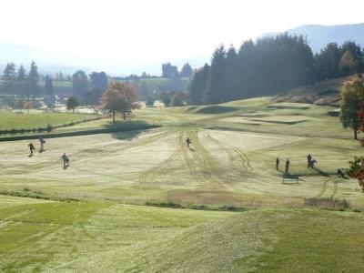 Fairway en el campo de golf de Pitchlochry en Escocia