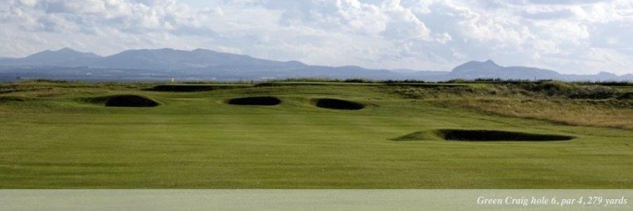 Bunkers en el campo de golf de Kilspindie en Escocia
