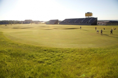 Campo de golf de Old Course de St Andrews en Escocia
