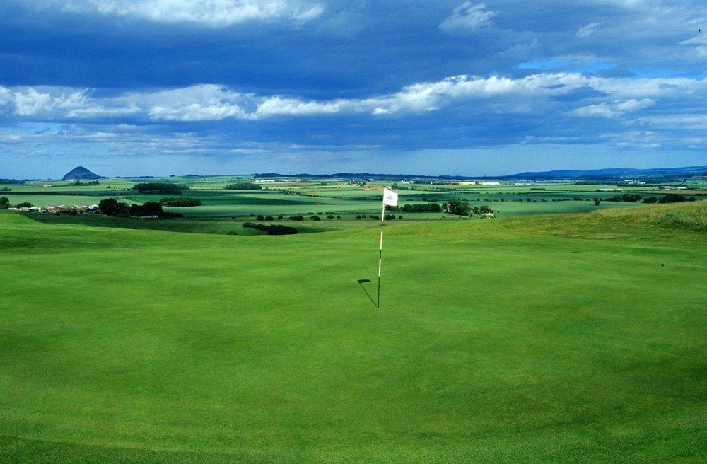 Green en el campo de golf de Gullane Nº2 en Escocia